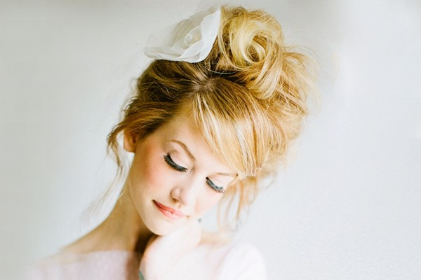 24種超人氣自然蓬鬆新娘髮型
