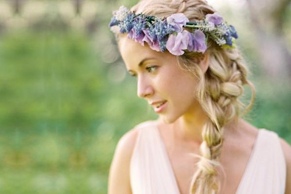 16種自然派魅力新娘髮型