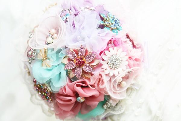 珠寶捧花設計與選擇秘訣大公開 – 銀色彩妝整體造型學院