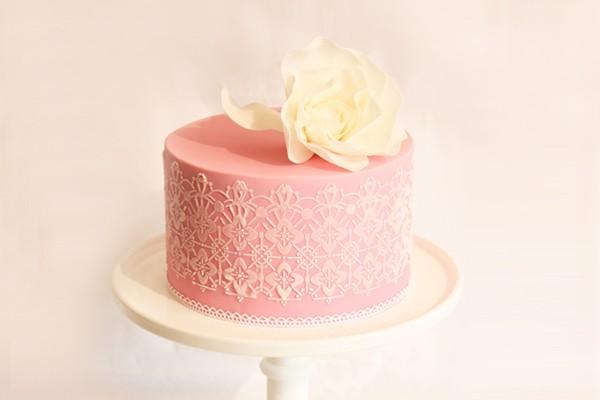 15個浪漫蕾絲蛋糕