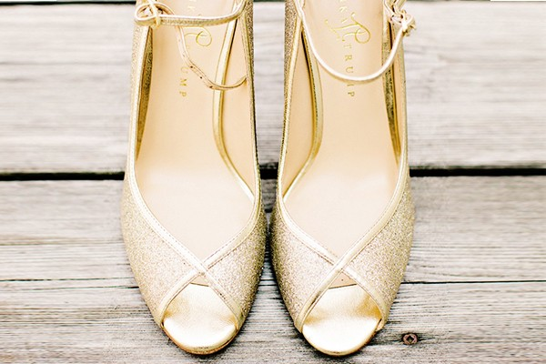 Bling Bling! 19雙女孩們無法抗拒的高貴閃亮美鞋!