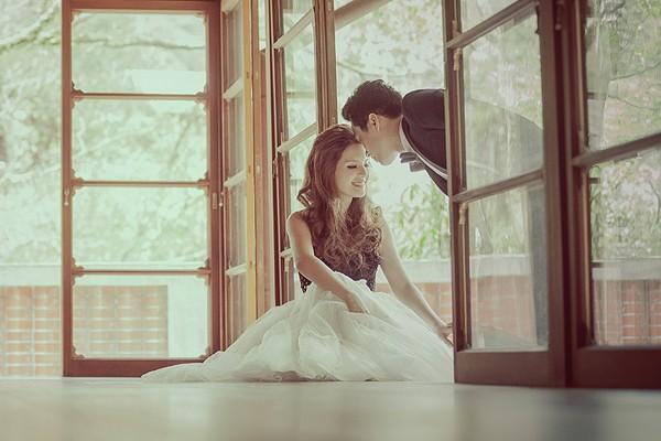 最初與最終的愛 –  菁桐太子賓館婚紗照 (良大拍攝)