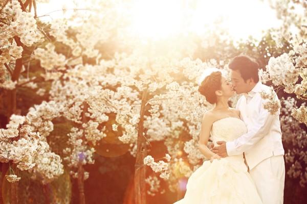 傳統與時尚的完美結合 – 迪司婚紗工作室