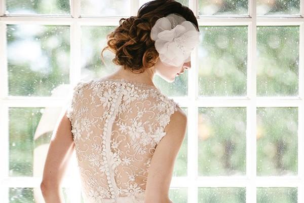 38件夢幻蕾絲 美背婚紗