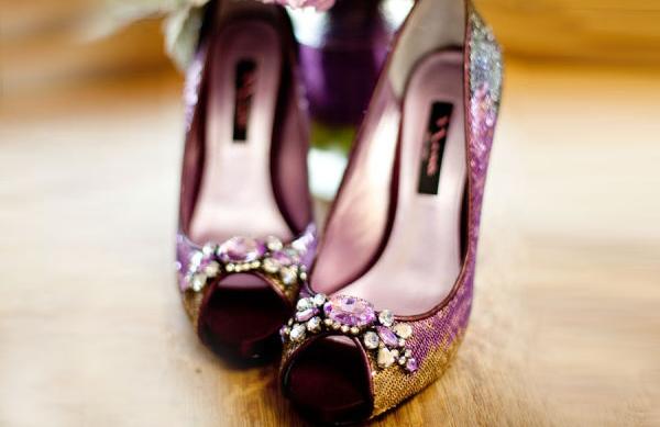最佳氣質秋季婚禮配色 – 紫 + 金