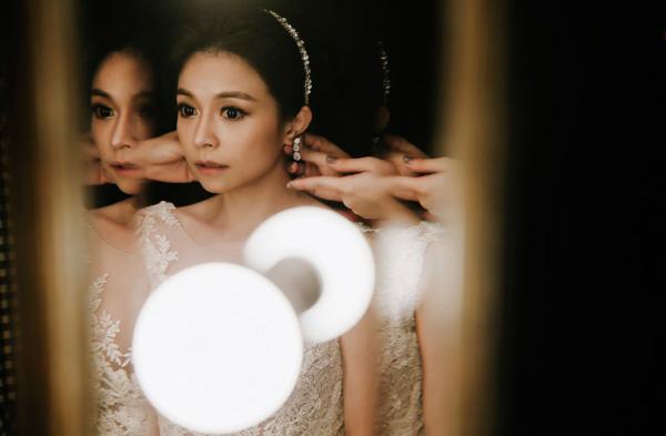 簡約的低調奢華 從自然到美麗- 新娘造型師 Albee Zheng 專訪