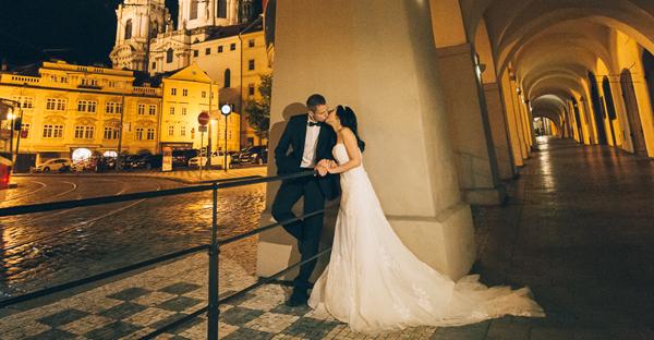 直滲靈魂的浪漫情懷 – 布拉格婚紗照 (Roger Wu 拍攝)