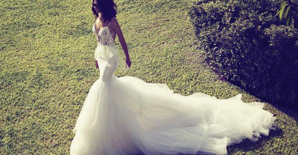 無懼的浪漫 – 自由派前衛婚紗設計師 Zahavit Tshuba 專訪