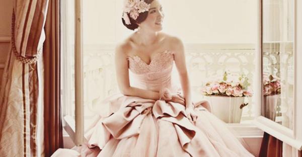 20 件最受歡迎浪漫淡腮紅粉婚紗