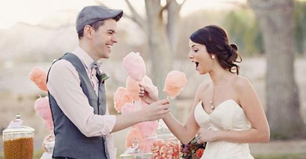 甜點桌之外的創意選擇 – 25個帶動氣氛的婚禮甜點站!
