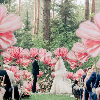 不是明星也可以擁有浪漫花海婚禮! 30種創意佈置 為妳打造夢幻花海天堂!