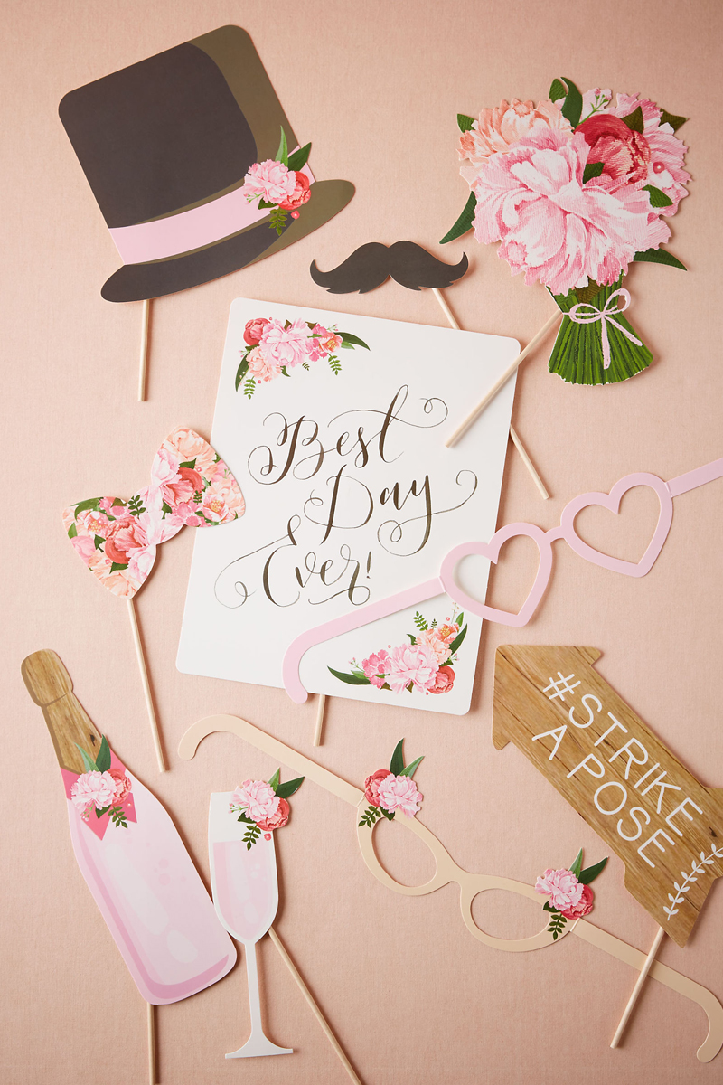 08-Photobooth Floral Prop Kit