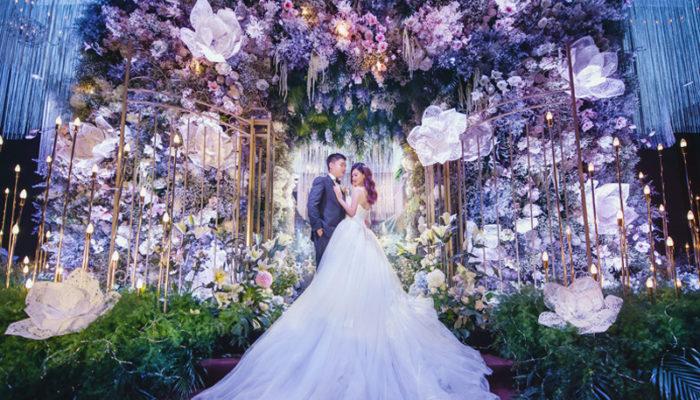 室內婚禮也能這麼浪漫! 6個把童話花園搬進室內的夢幻婚禮主題!