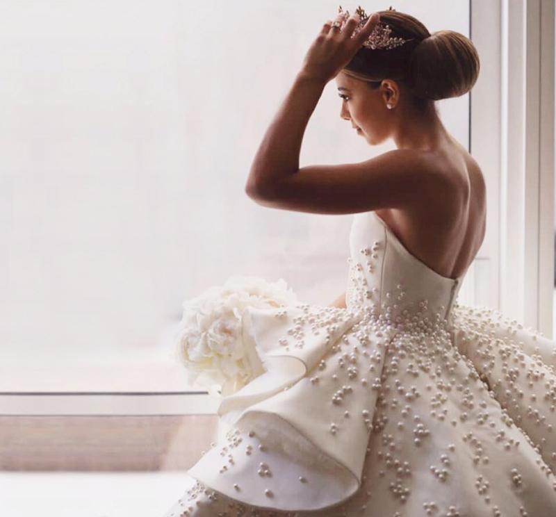 03-Azzi & Osta092217(dress)