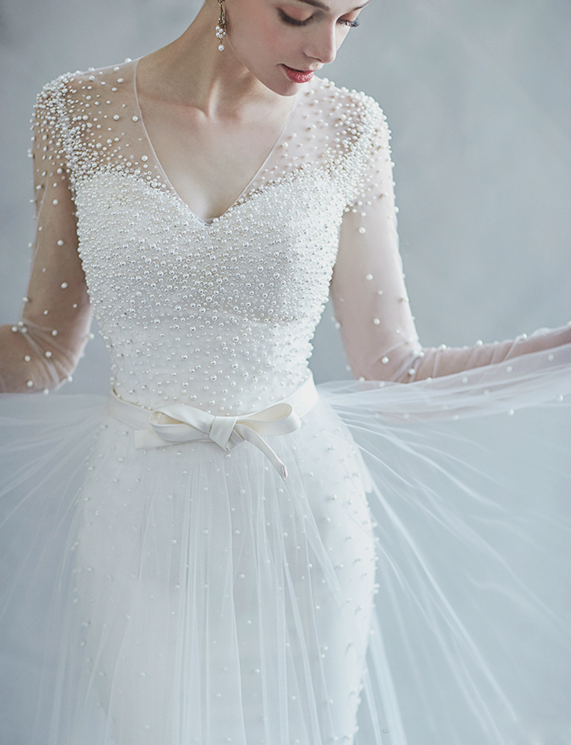 30 Swoon-Worthy Wedding Dresses with Beautiful Details That Reflect ...