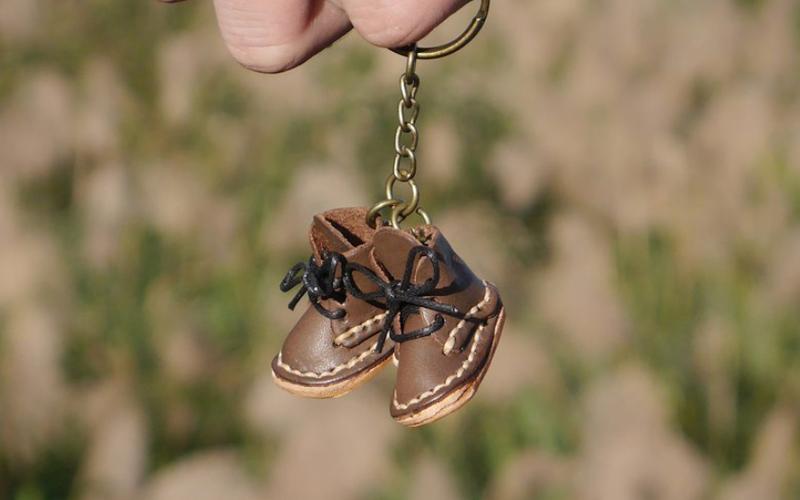 15-Mini boots keychains